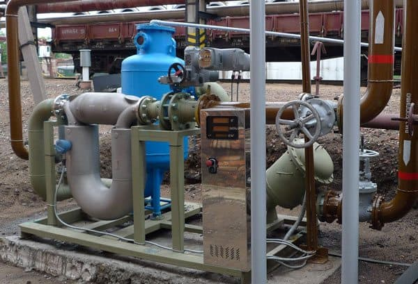 Micro Motion® ELITE® flowmeters provide accurate mass-flow measurement for custody transfer of liquid petroleum products