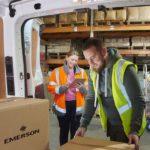 El servicio de envío global de Emerson
