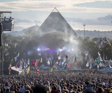 glastonbury-pyramide toneel james bryant