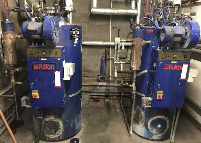 vorhandene Installation des fillongley Quellwassers